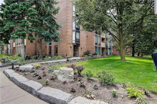Condo Apartment at 1525 Diefenbaker Crt, Unit 104, Pickering, Ontario. Image 11