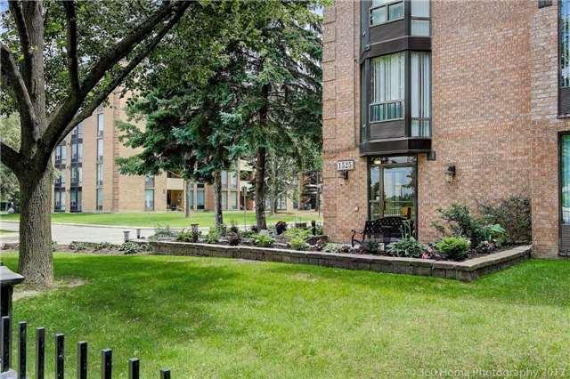 Condo Apartment at 1525 Diefenbaker Crt, Unit 104, Pickering, Ontario. Image 13