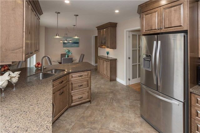 Detached at 67 Deverell St, Whitby, Ontario. Image 17