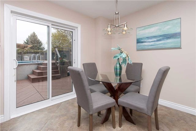 Detached at 67 Deverell St, Whitby, Ontario. Image 19