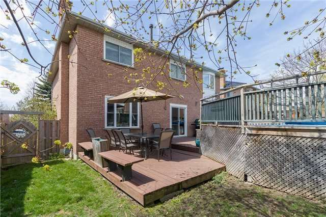 Detached at 67 Deverell St, Whitby, Ontario. Image 13