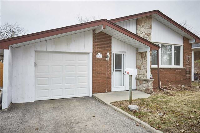 Detached at 107 Clements Rd E, Ajax, Ontario. Image 1