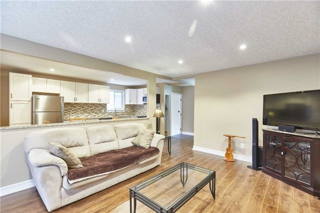 Detached at 107 Clements Rd E, Ajax, Ontario. Image 12