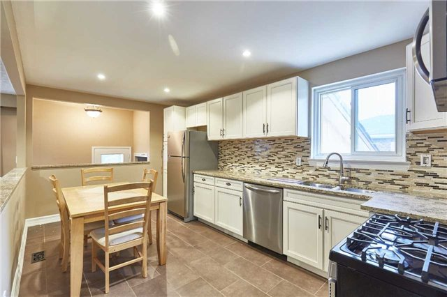 Detached at 107 Clements Rd E, Ajax, Ontario. Image 15