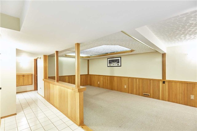Detached at 107 Clements Rd E, Ajax, Ontario. Image 7