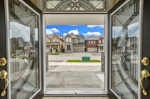 Detached at 1569 Winville Rd, Pickering, Ontario. Image 12
