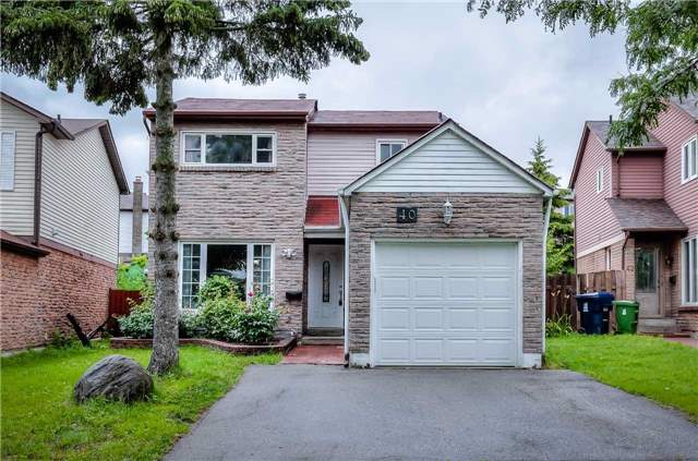 Detached at 40 Whistling Hills Dr, Toronto, Ontario. Image 1