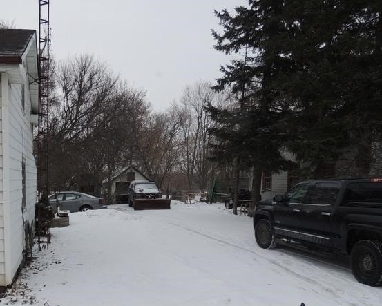 Detached at 8985 Baldwin  St N, Whitby, Ontario. Image 4