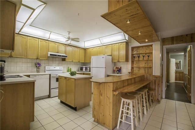 Detached at 26 Heaver Dr, Whitby, Ontario. Image 11