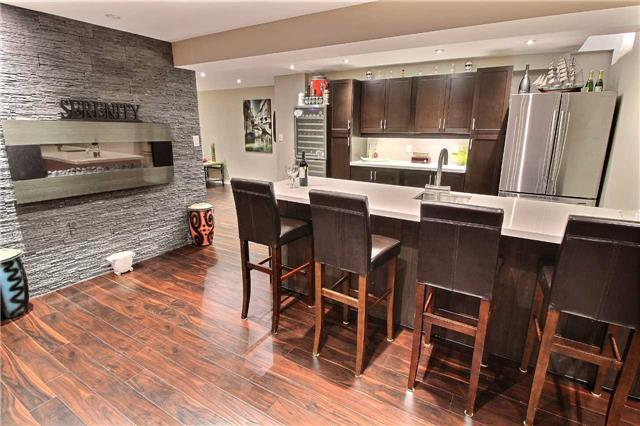 Detached at 127 Carnwith Dr E, Whitby, Ontario. Image 11