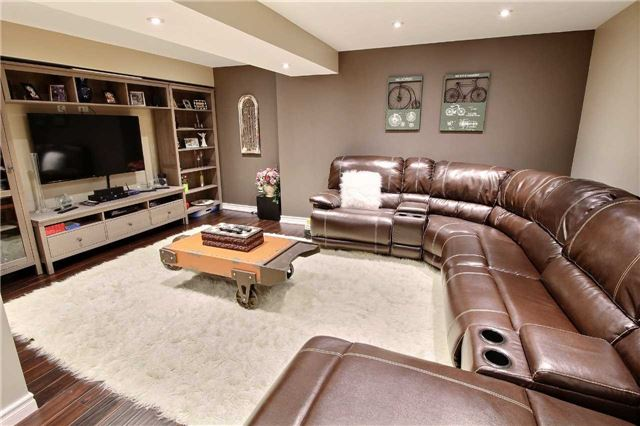 Detached at 127 Carnwith Dr E, Whitby, Ontario. Image 13