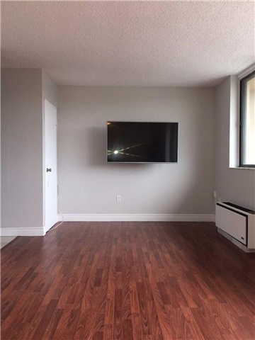 Condo Apartment at 665 Kennedy  Rd, Unit 509, Toronto, Ontario. Image 2