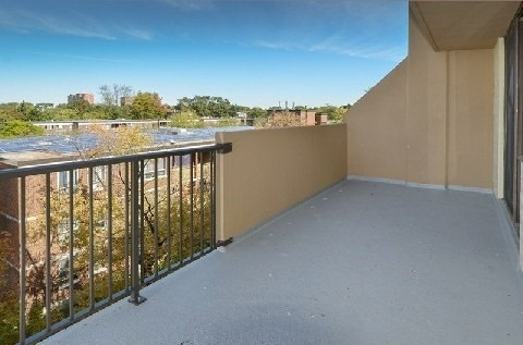 Condo Apartment at 665 Kennedy  Rd, Unit 509, Toronto, Ontario. Image 4