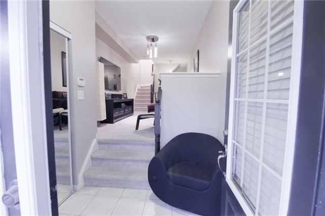 Townhouse at 39 Chaston Rd, Ajax, Ontario. Image 7