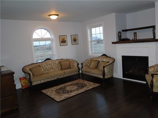 Detached at 19700 Old Simcoe Rd, Scugog, Ontario. Image 10