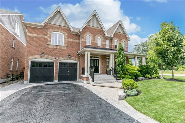 Detached at 32 Bellhouse Pl, Whitby, Ontario. Image 1
