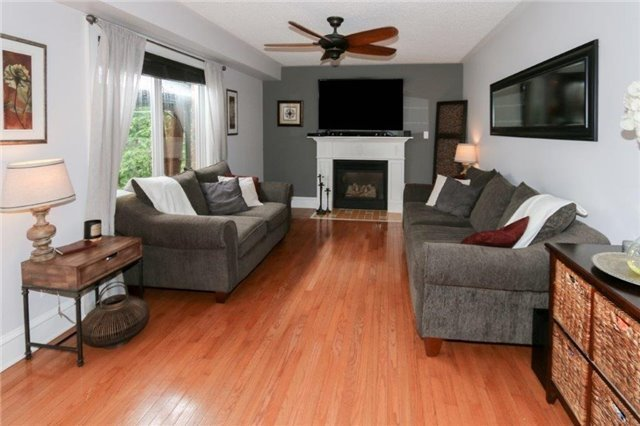 Detached at 28 Gartshore Dr, Whitby, Ontario. Image 15