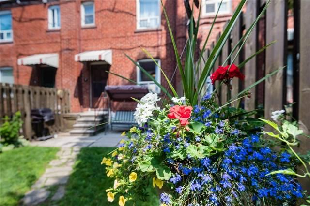 Condo Townhouse at 33A Boem Ave, Unit 7, Toronto, Ontario. Image 8