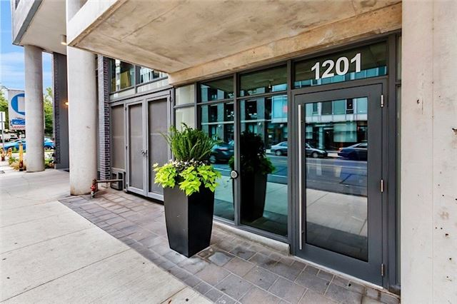 Condo Apartment at 1201 Dundas St E, Unit 909, Toronto, Ontario. Image 9