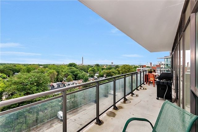 Condo Apartment at 1201 Dundas St E, Unit 909, Toronto, Ontario. Image 5