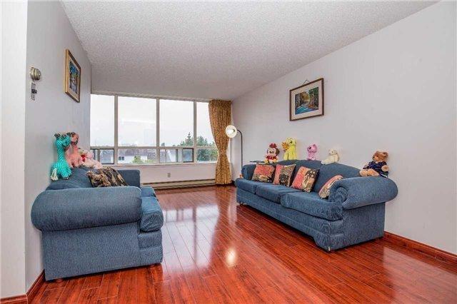 Condo Apartment at 150 Alton Towers Circ, Unit 311, Toronto, Ontario. Image 19