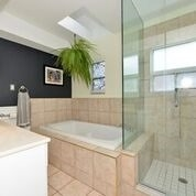 Detached at 7 Merryfield Dr, Toronto, Ontario. Image 2