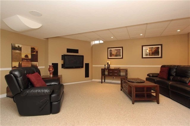Detached at 248 Littleford St, Pickering, Ontario. Image 13