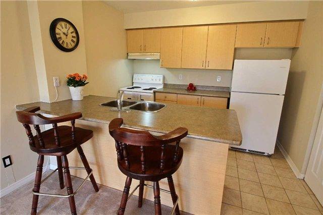 Condo Apartment at 90 Aspen Springs Dr, Unit 109, Clarington, Ontario. Image 2