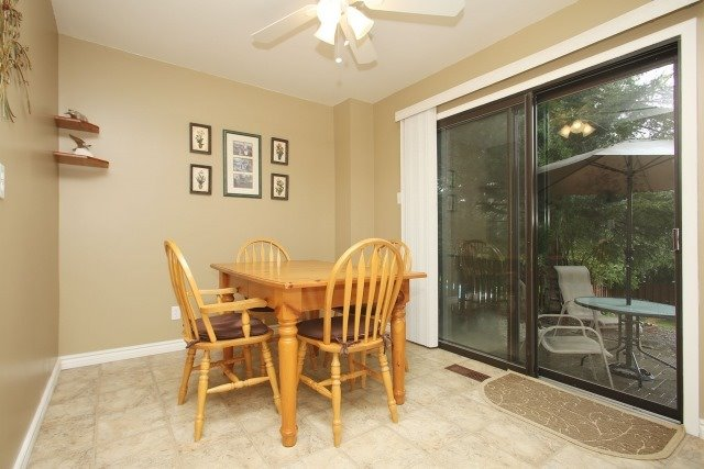 Detached at 17 Muir Cres, Whitby, Ontario. Image 2