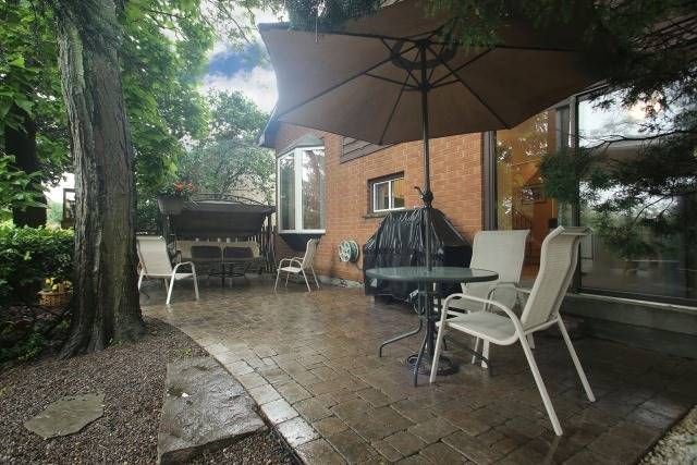 Detached at 17 Muir Cres, Whitby, Ontario. Image 13