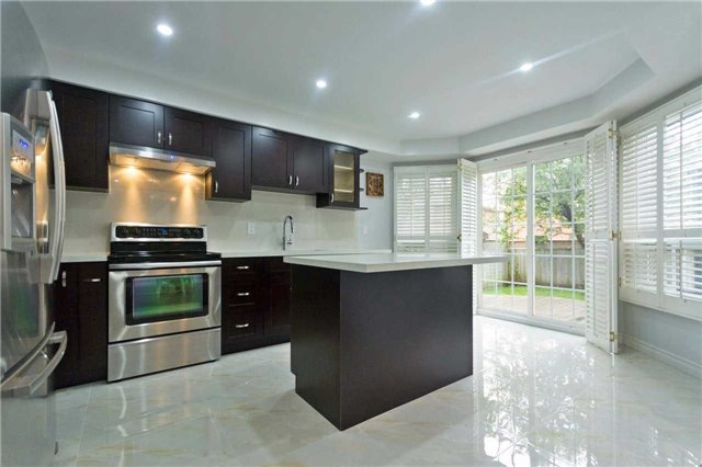 Detached at 14 Wyndfield Cres, Whitby, Ontario. Image 19