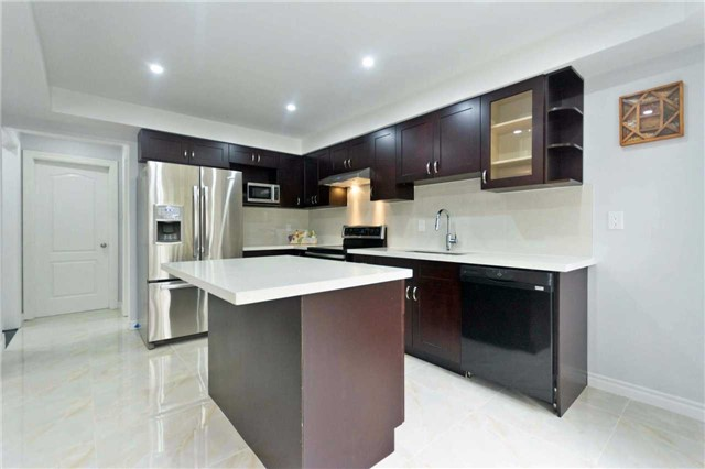 Detached at 14 Wyndfield Cres, Whitby, Ontario. Image 20