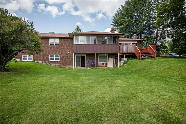 Detached at 59 Robinglade Dr, Scugog, Ontario. Image 5