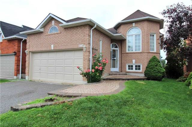 Detached at 1562 Garland Cres, Pickering, Ontario. Image 12