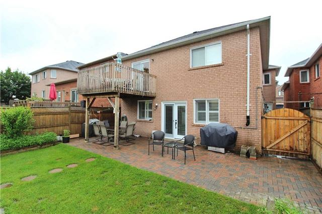 Detached at 1562 Garland Cres, Pickering, Ontario. Image 13
