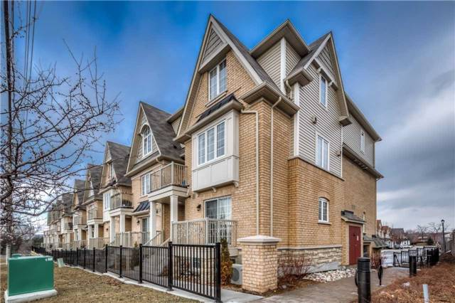 Condo Townhouse at 142 Kingston Rd W, Ajax, Ontario. Image 1