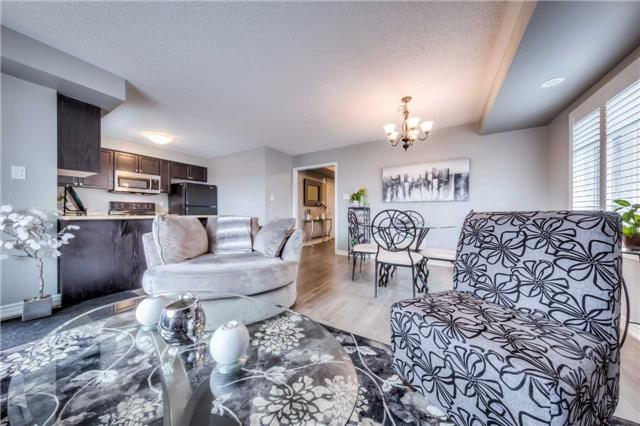 Condo Townhouse at 142 Kingston Rd W, Ajax, Ontario. Image 7