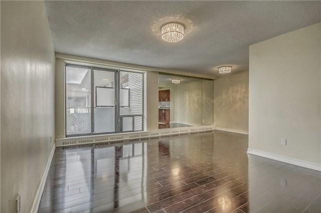 Condo Apartment at 915 Midland Ave, Unit 703, Toronto, Ontario. Image 14