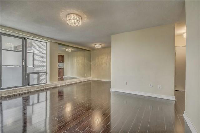 Condo Apartment at 915 Midland Ave, Unit 703, Toronto, Ontario. Image 16