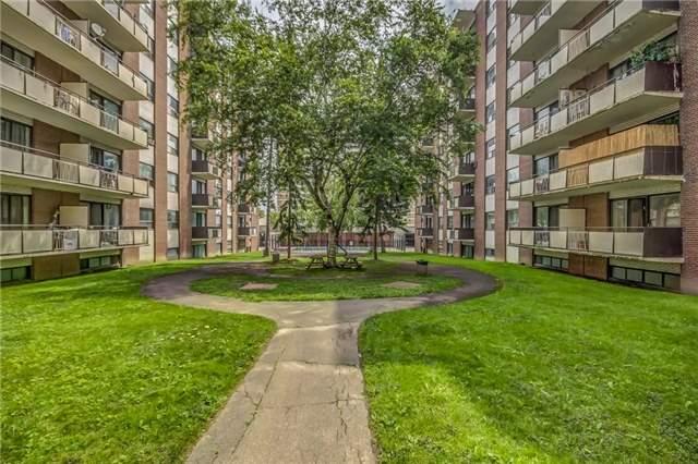 Condo Apartment at 915 Midland Ave, Unit 703, Toronto, Ontario. Image 11