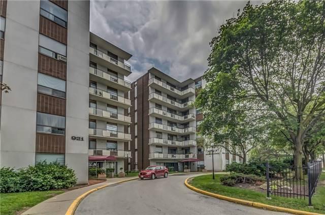 Condo Apartment at 915 Midland Ave, Unit 703, Toronto, Ontario. Image 13