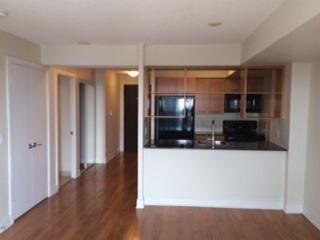 Condo Apartment at 125 Village Green Sq, Unit 3906, Toronto, Ontario. Image 7