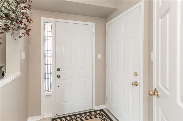 Detached at 58 Fitzpatrick Crt, Whitby, Ontario. Image 14