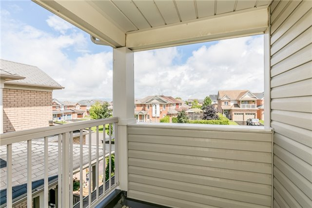 Detached at 58 Fitzpatrick Crt, Whitby, Ontario. Image 7