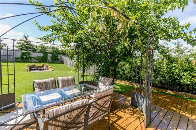 Detached at 58 Fitzpatrick Crt, Whitby, Ontario. Image 9