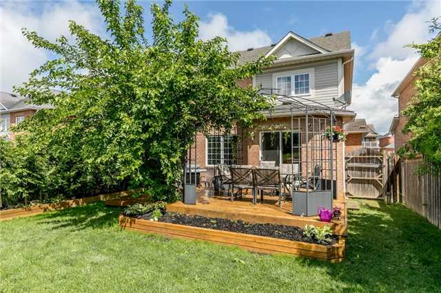 Detached at 58 Fitzpatrick Crt, Whitby, Ontario. Image 13