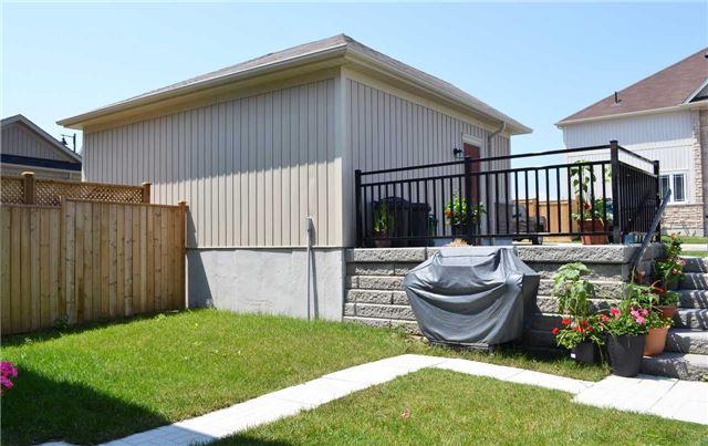 Link at 112 Mcbride Ave, Clarington, Ontario. Image 14