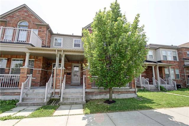 Townhouse at 5539 Lawrence Ave E, Toronto, Ontario. Image 1