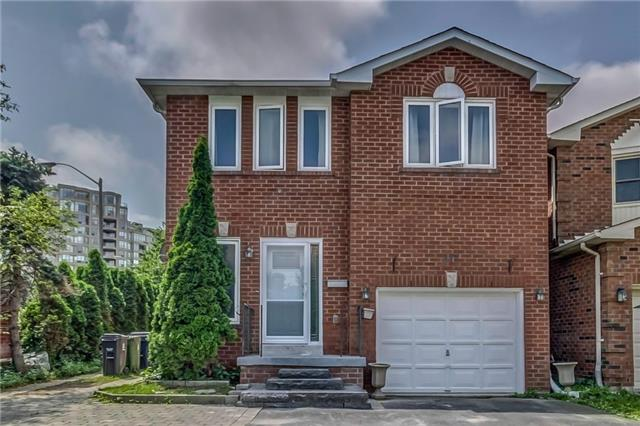 Detached at 117 Dale Ave, Toronto, Ontario. Image 12