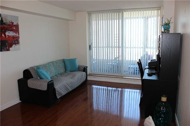 Condo Apartment at 430 Mclevin Ave, Unit 1710, Toronto, Ontario. Image 15